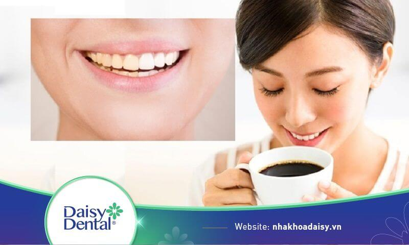 Để răng không bị ố màu nên hạn chế sử dụng cafe