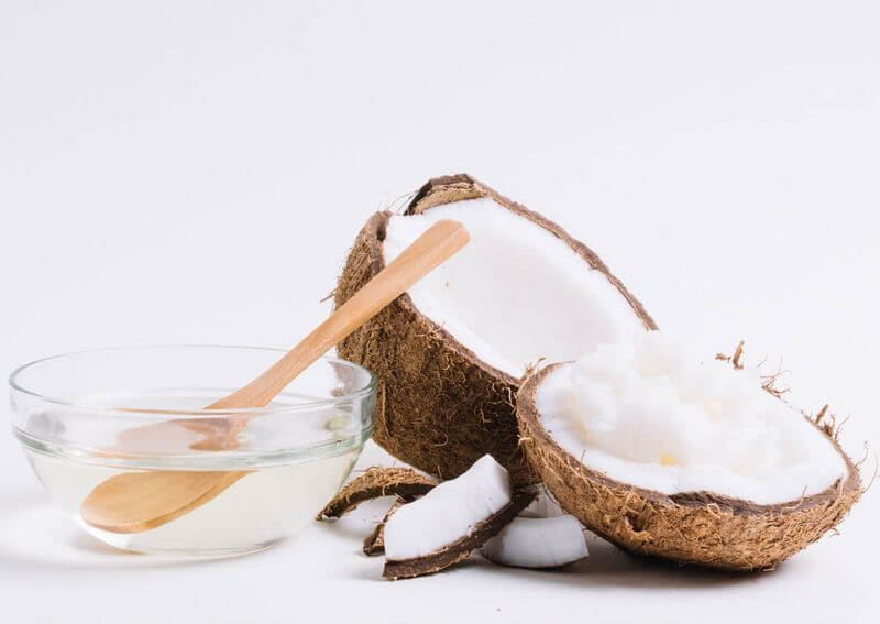 Dầu dừa giúp ức chế sự phát triển của vi khuẩn có hại trong khoang miệng